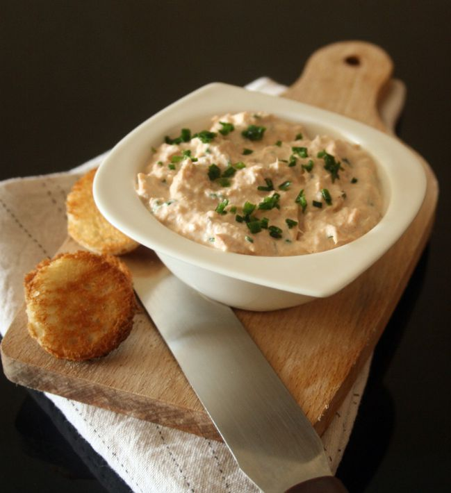 http://a404.idata.over-blog.com/650x710/3/52/23/76/Rillettes-de-truites/Photo-3937.jpg